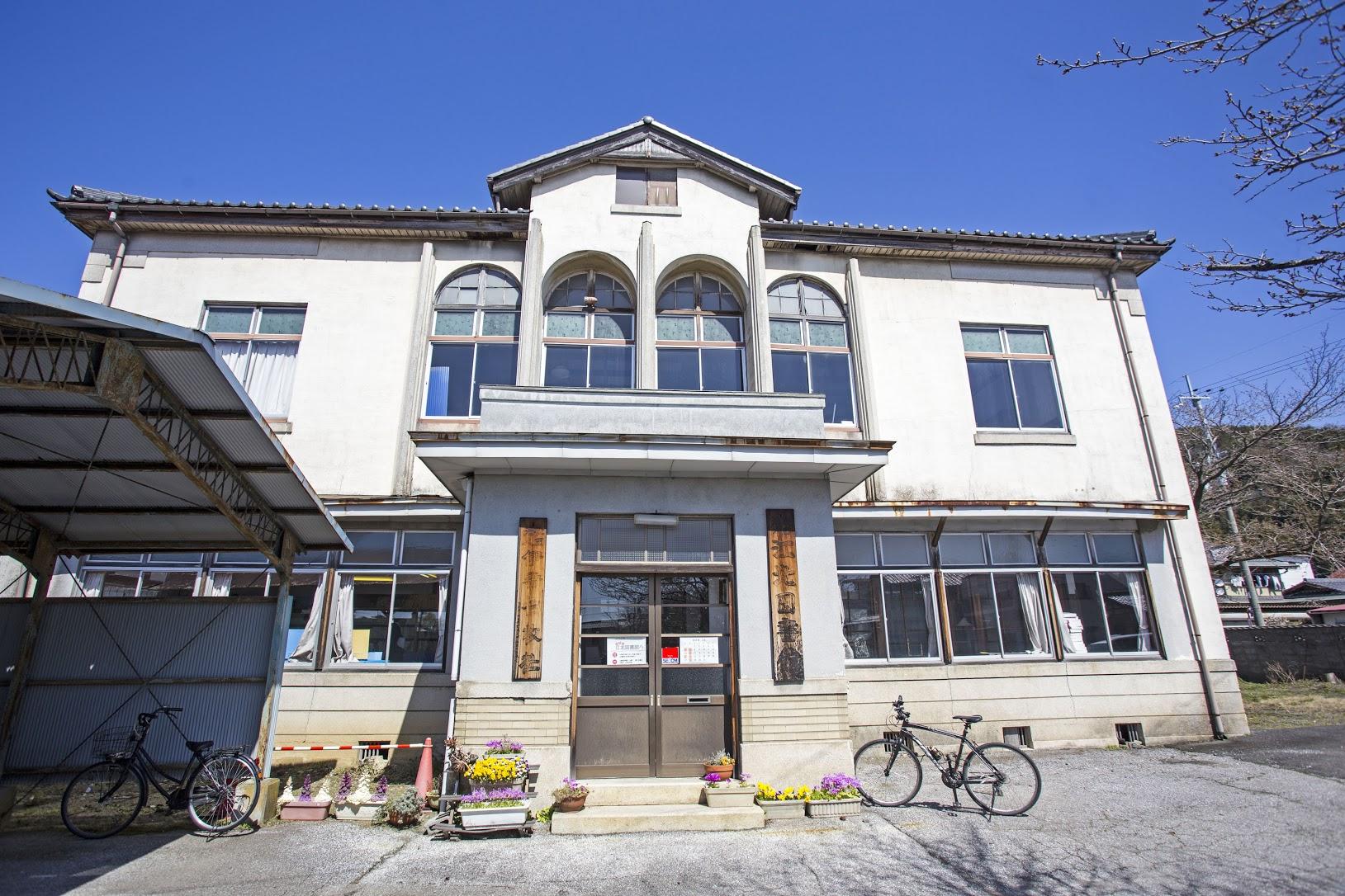 江北図書館(滋賀県長浜市木之本にある滋賀県で現存の最も古い図書館)